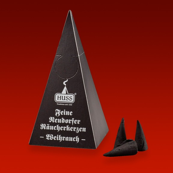 Feine Neudorfer Räucherkerzen im praktischen Pyramidenspender
